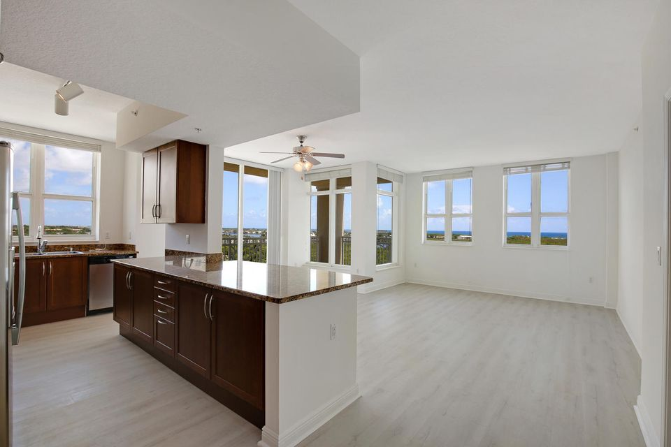 Co-op / Condo for Sale at 350 N Federal Highway 350 N Federal Highway Boynton Beach, Florida 33435 United States