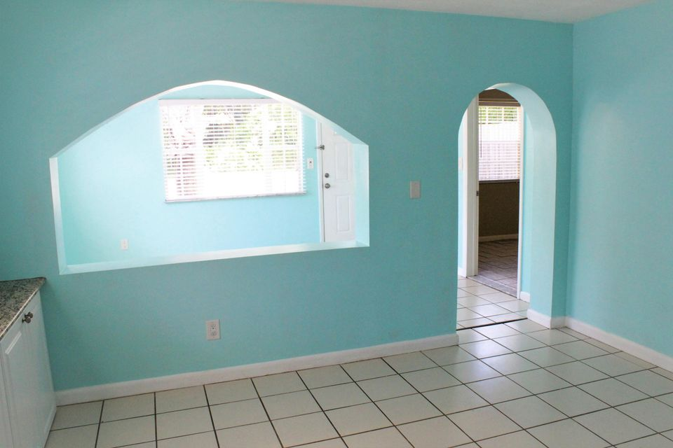 Additional photo for property listing at 1043 SW 35th Street  Palm City, Florida 34990 United States