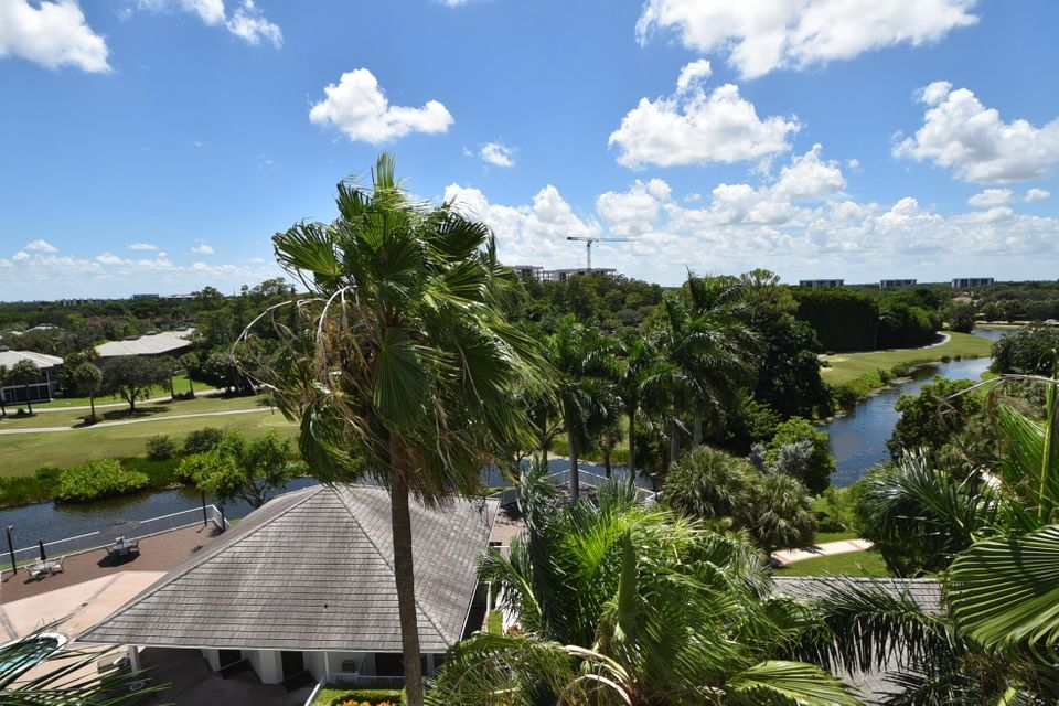 Additional photo for property listing at 20310 Fairway Oaks Drive  Boca Raton, Florida 33434 United States