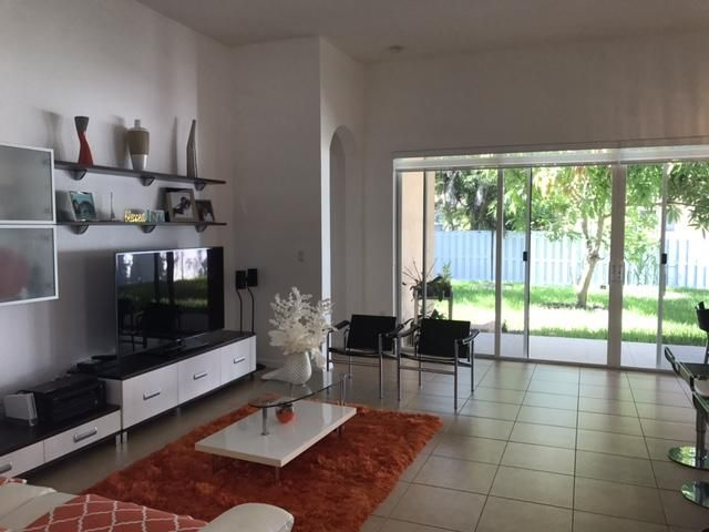 Additional photo for property listing at 14931 SW 52 Street  Miramar, Florida 33027 United States