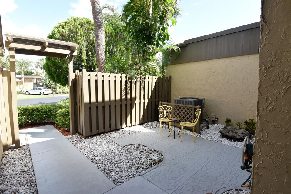 Additional photo for property listing at 11135 Oakdale Road  Boynton Beach, Florida 33437 United States