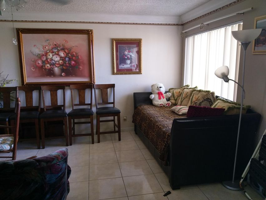 Additional photo for property listing at 3500 Springdale Boulevard  Palm Springs, Florida 33461 United States