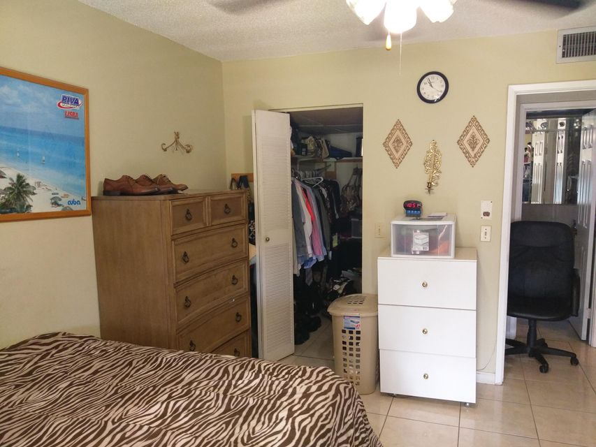 Additional photo for property listing at 3500 Springdale Boulevard 3500 Springdale Boulevard Palm Springs, Florida 33461 Vereinigte Staaten
