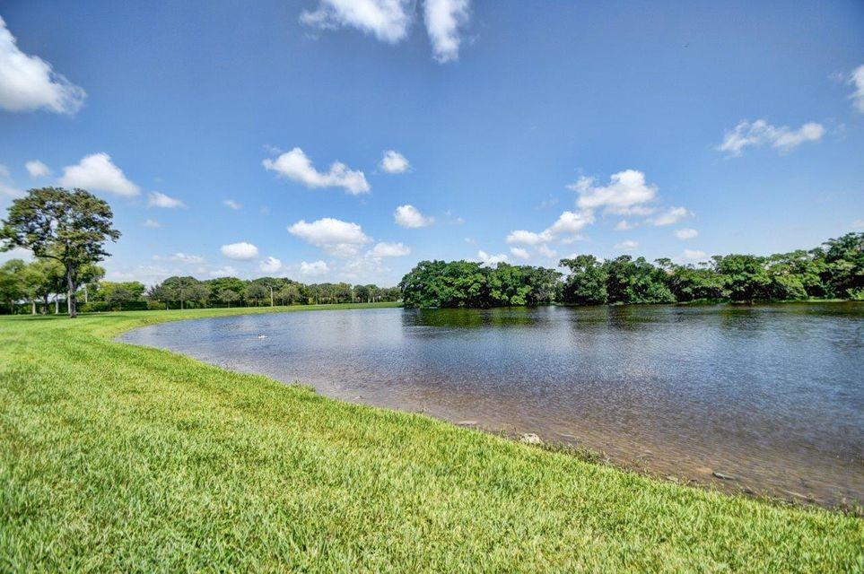 Additional photo for property listing at 1057 Ainslie  Boca Raton, Florida 33434 Vereinigte Staaten