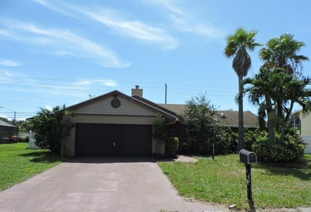 4101 Alpinia Court, Boynton Beach, FL 33436