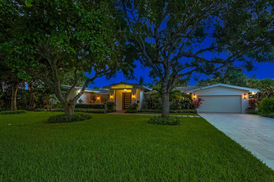Home for sale in Lake Ida Terrace Delray Beach Florida