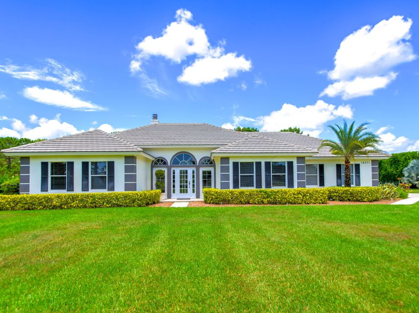 Single Family Home for Sale at 14371 Wellington Trace 14371 Wellington Trace Wellington, Florida 33414 United States