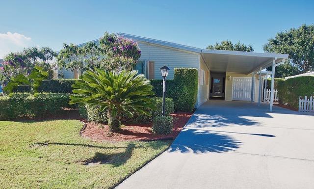 移动 / 制造 为 销售 在 3720 Sandlace Court 3720 Sandlace Court 圣露西港, 佛罗里达州 34952 美国