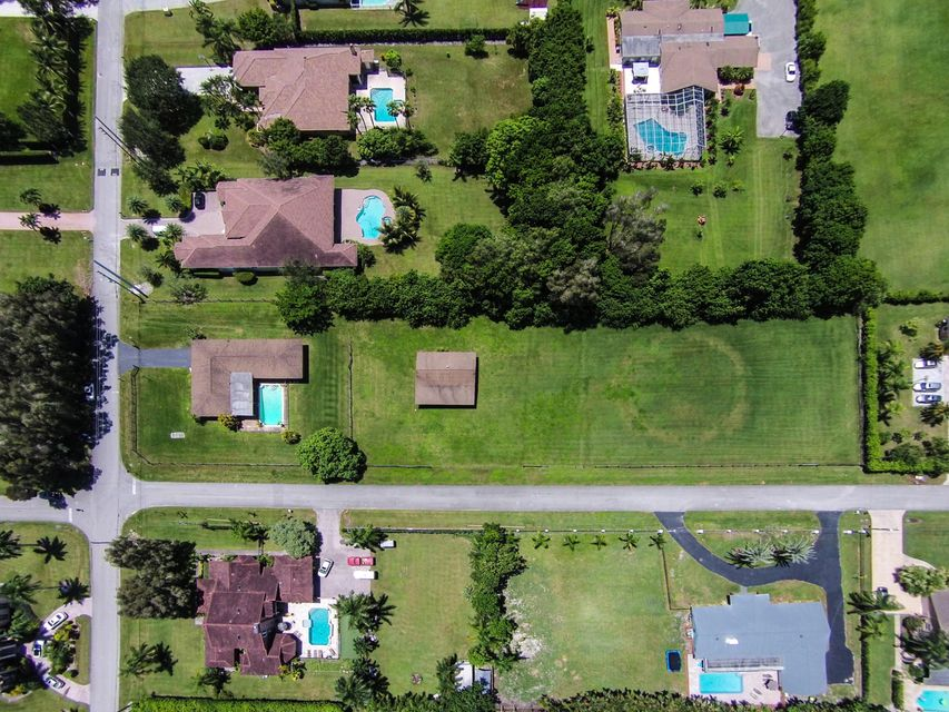 Additional photo for property listing at 12201 NW 12th Street 12201 NW 12th Street Plantation, Florida 33323 Estados Unidos