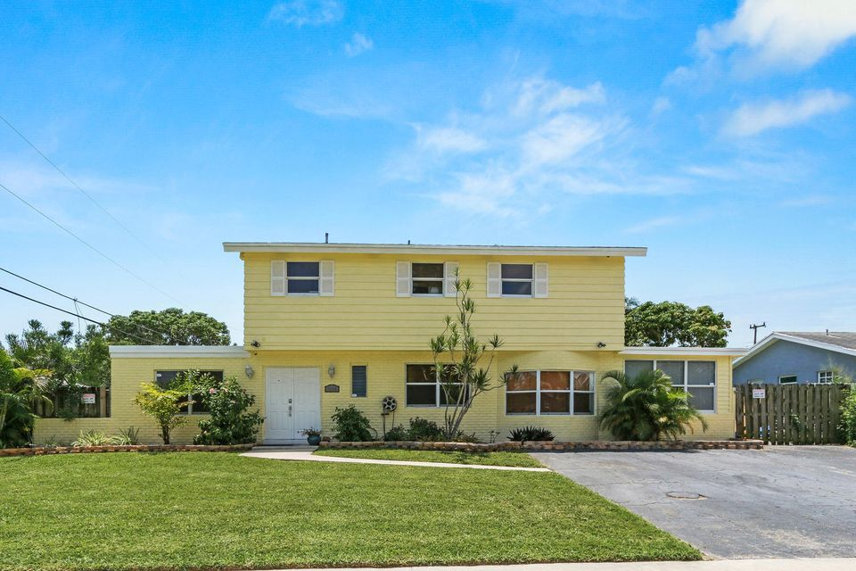 2154 Dorson Way, Delray Beach, FL 33445