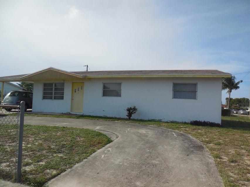 300 W 21st Street, Riviera Beach, FL 33404