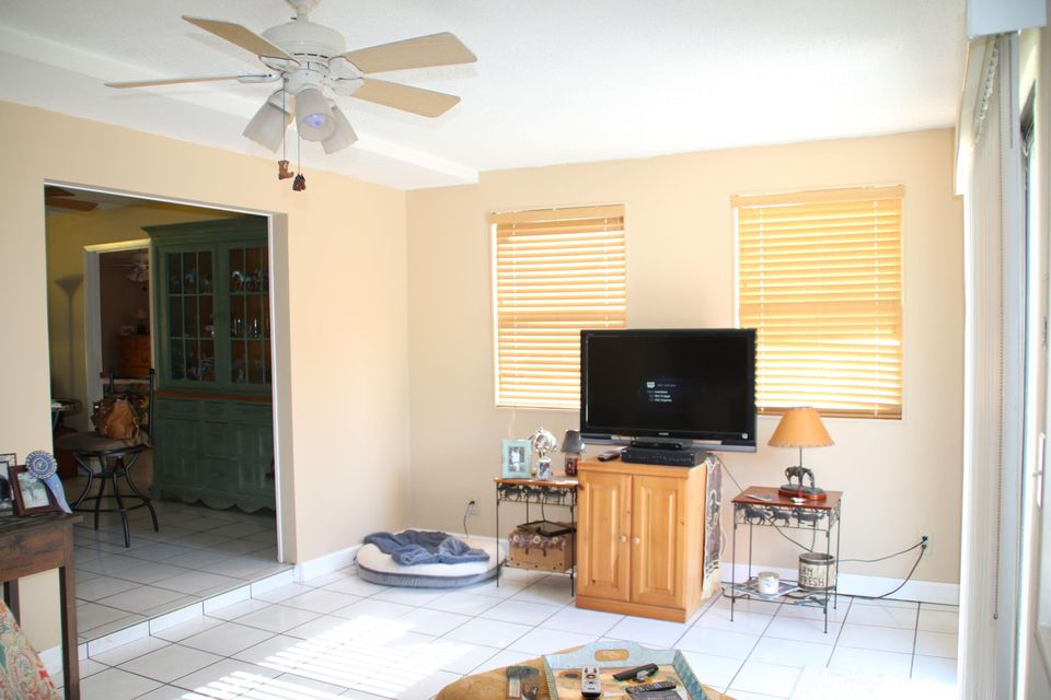 Additional photo for property listing at 12691 66th Street N  West Palm Beach, Florida 33412 Estados Unidos