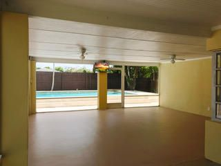 Additional photo for property listing at 305 SW 3rd Street  Boynton Beach, Florida 33435 États-Unis