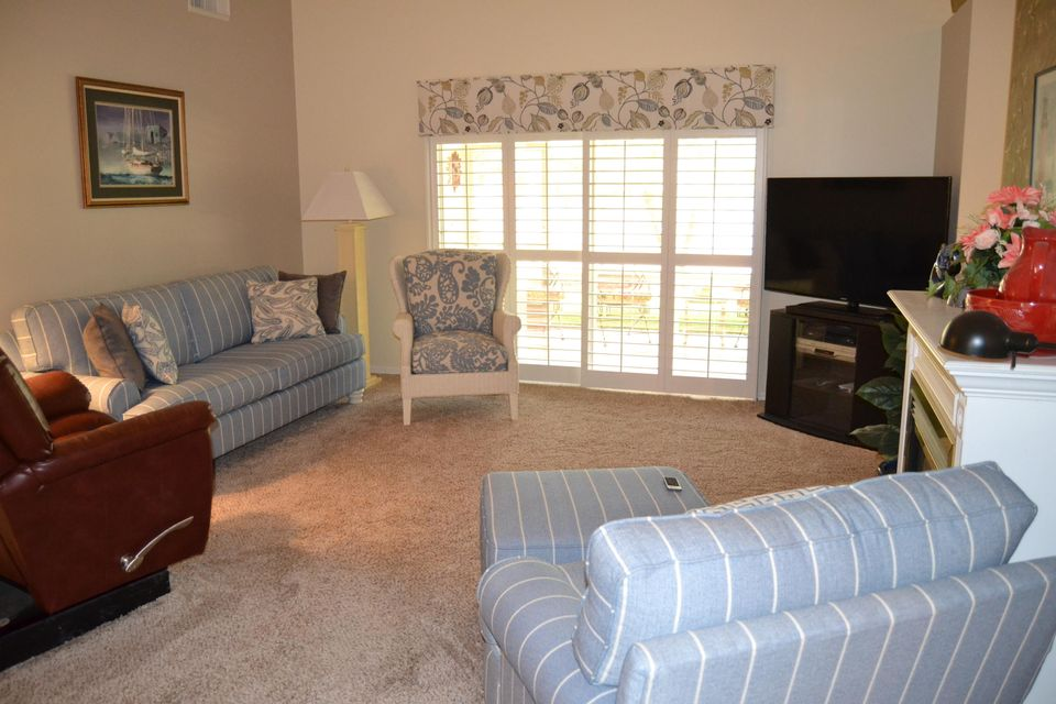 Additional photo for property listing at 366 Paurotis Lane  Fort Pierce, Florida 34982 États-Unis