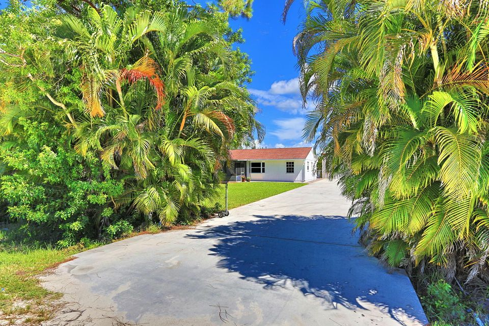 Additional photo for property listing at 13079 67th Street N  West Palm Beach, Florida 33412 Estados Unidos