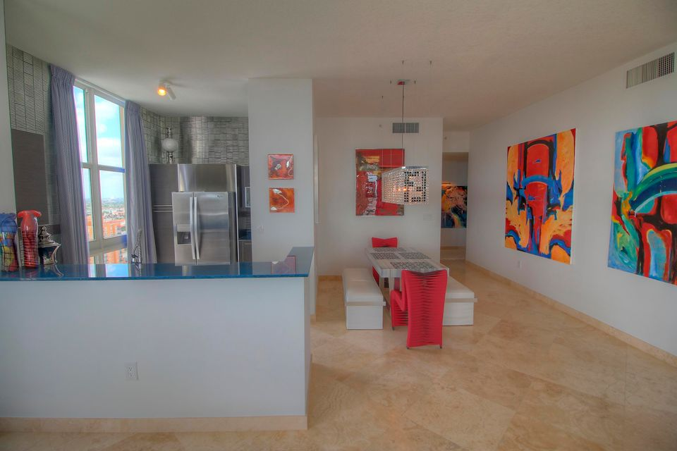 Additional photo for property listing at 550 Okeechobee Boulevard  West Palm Beach, Florida 33401 United States