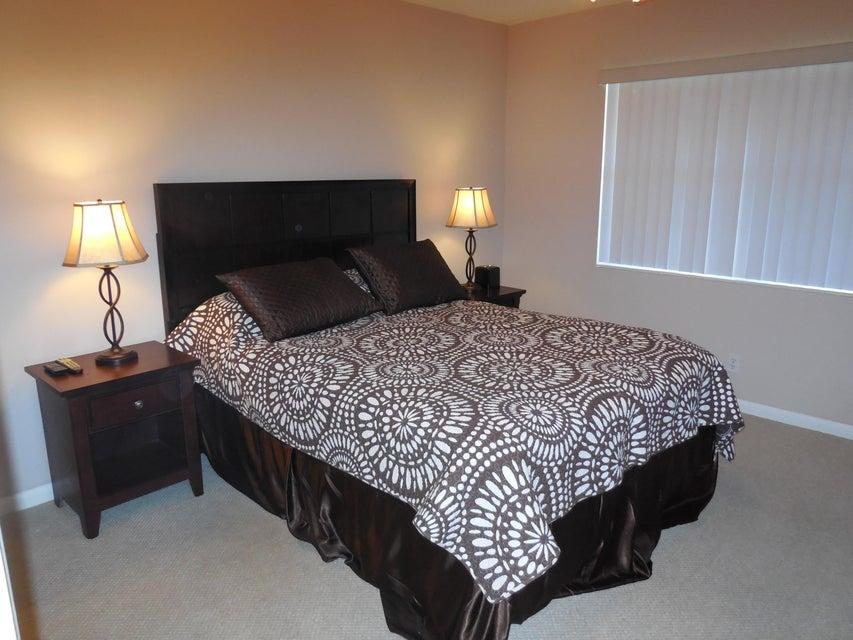 Additional photo for property listing at 103 Camden E 103 Camden E West Palm Beach, Florida 33417 Estados Unidos