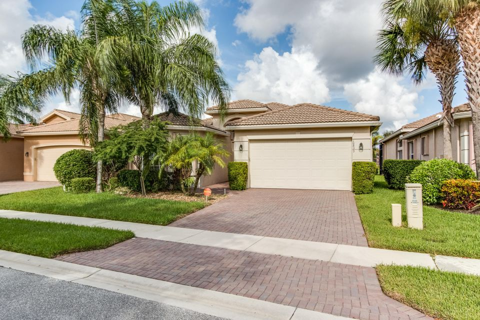 10839 Summerville Way  Boynton Beach FL 33437