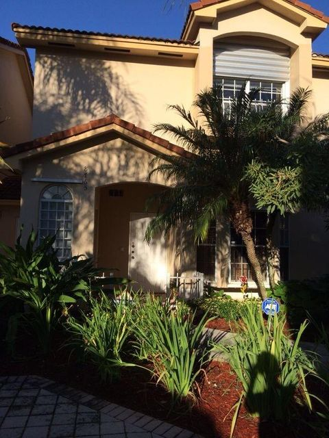 Co-op / Condo for Sale at 8765 SW 215th Terrace Cutler Bay, Florida 33189 United States