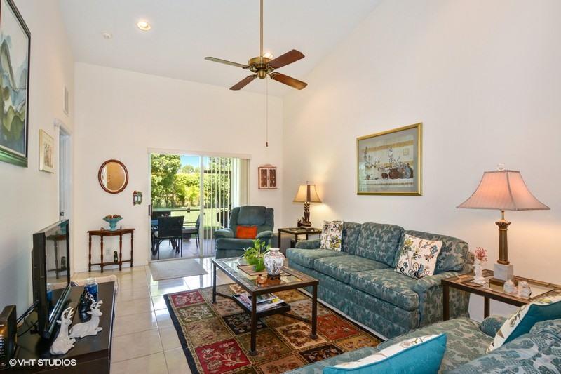 Additional photo for property listing at 2361 Windjammer Way  West Palm Beach, Florida 33411 Estados Unidos