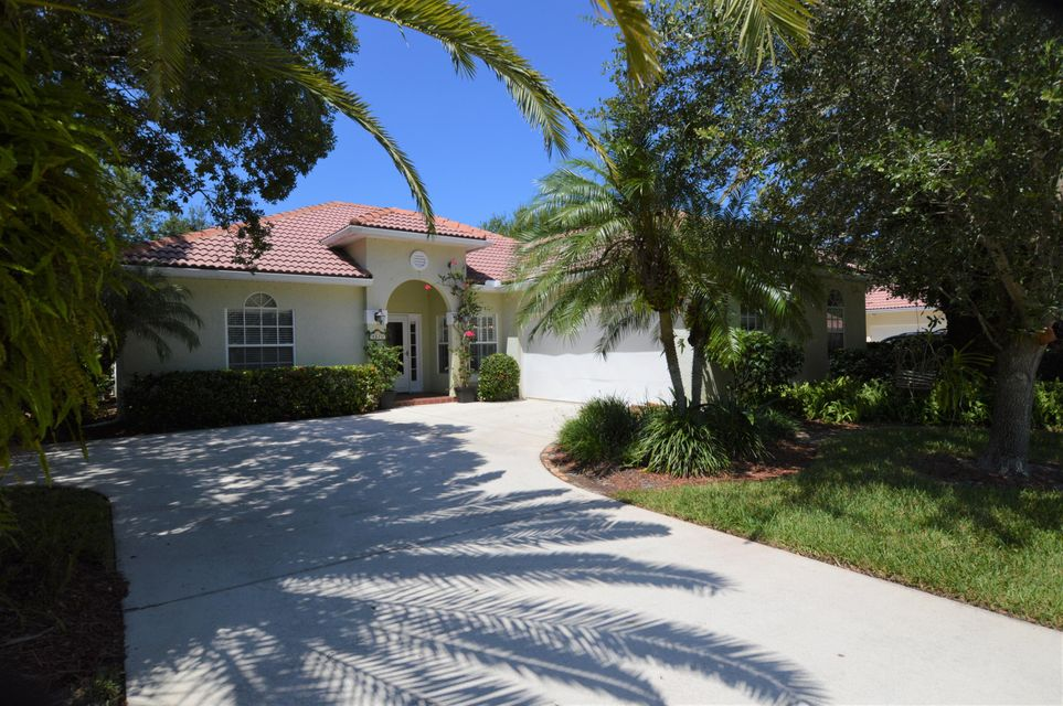 Single Family Home for Sale at 4570 22nd Lane 4570 22nd Lane Vero Beach, Florida 32966 United States