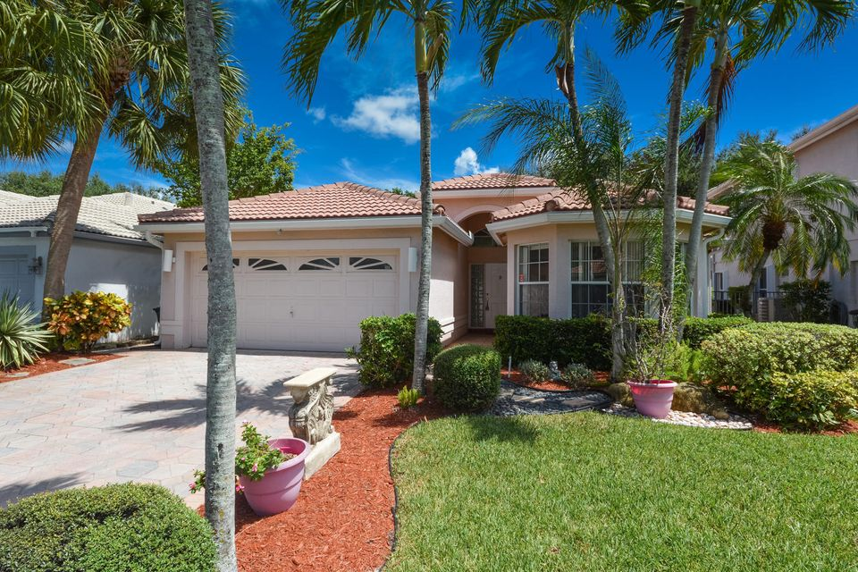 واحد منزل الأسرة للـ Sale في 10784 Crescendo Circle Boca Raton, Florida 33498 United States