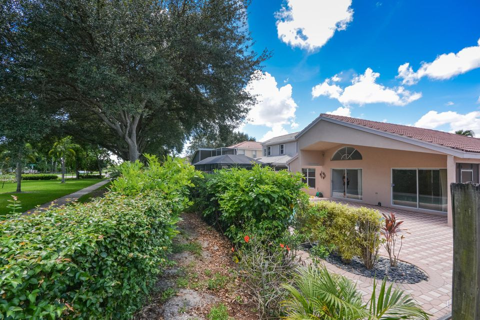 Additional photo for property listing at 10784 Crescendo Circle  Boca Raton, Florida 33498 United States