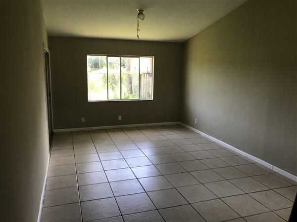 Additional photo for property listing at 2184 Pretty Lane  West Palm Beach, Florida 33415 United States