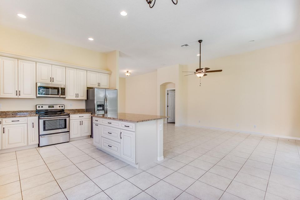 Additional photo for property listing at 7645 Trapani Lane 7645 Trapani Lane Boynton Beach, Florida 33472 États-Unis