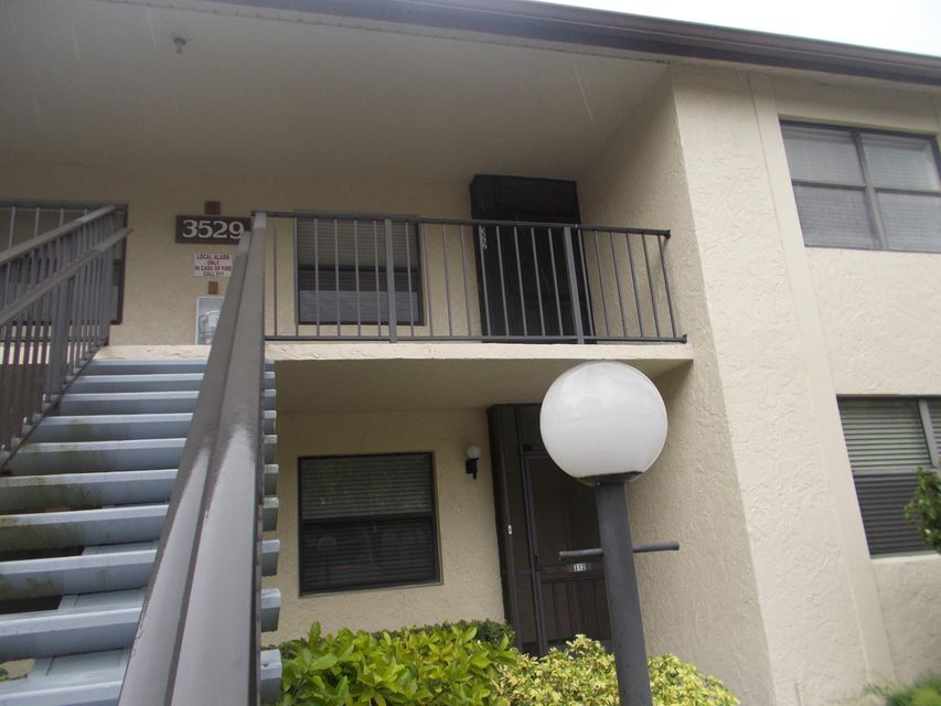 Additional photo for property listing at 3529 Englewood Drive 3529 Englewood Drive Lake Worth, Florida 33467 United States