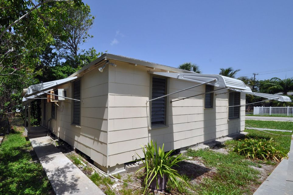 Additional photo for property listing at 49 E 25th  West Palm Beach, Florida 33404 United States