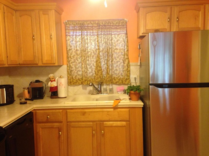 Additional photo for property listing at 719 Lori Drive  Palm Springs, Florida 33461 United States