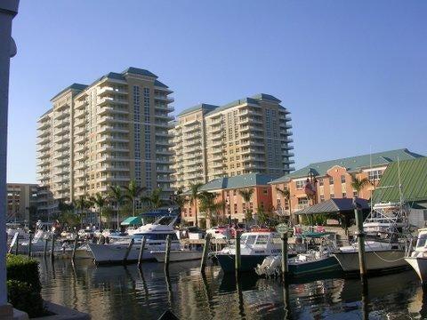 合作社 / 公寓 为 出租 在 700 E Boynton Beach 博因顿海滩, 佛罗里达州 33435 美国
