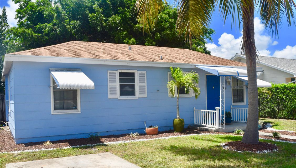 Additional photo for property listing at 1215 N K Street  Lake Worth, Florida 33460 Vereinigte Staaten