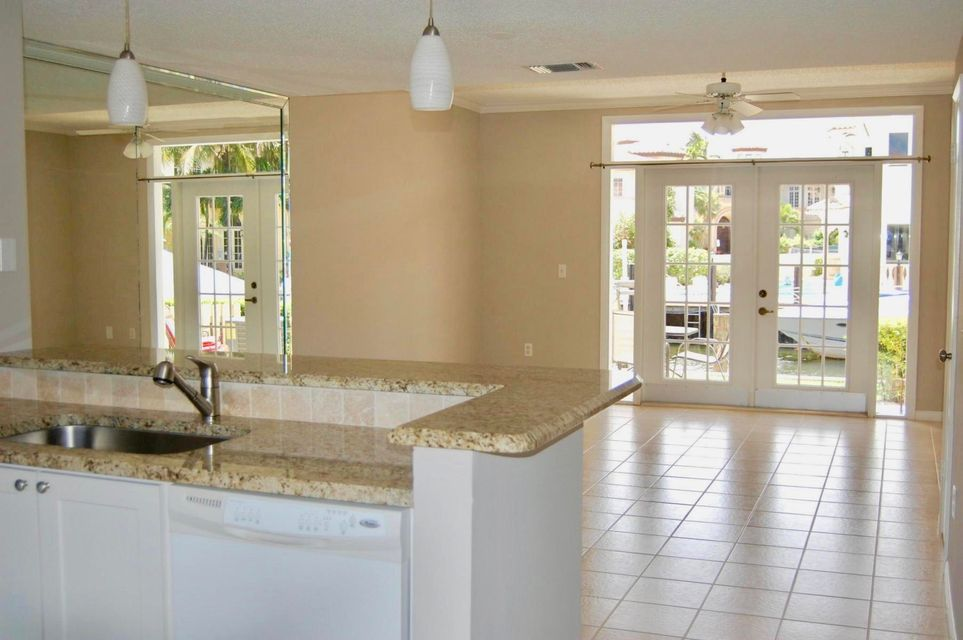 Additional photo for property listing at 966 E Jeffery Street 966 E Jeffery Street Boca Raton, Florida 33487 United States
