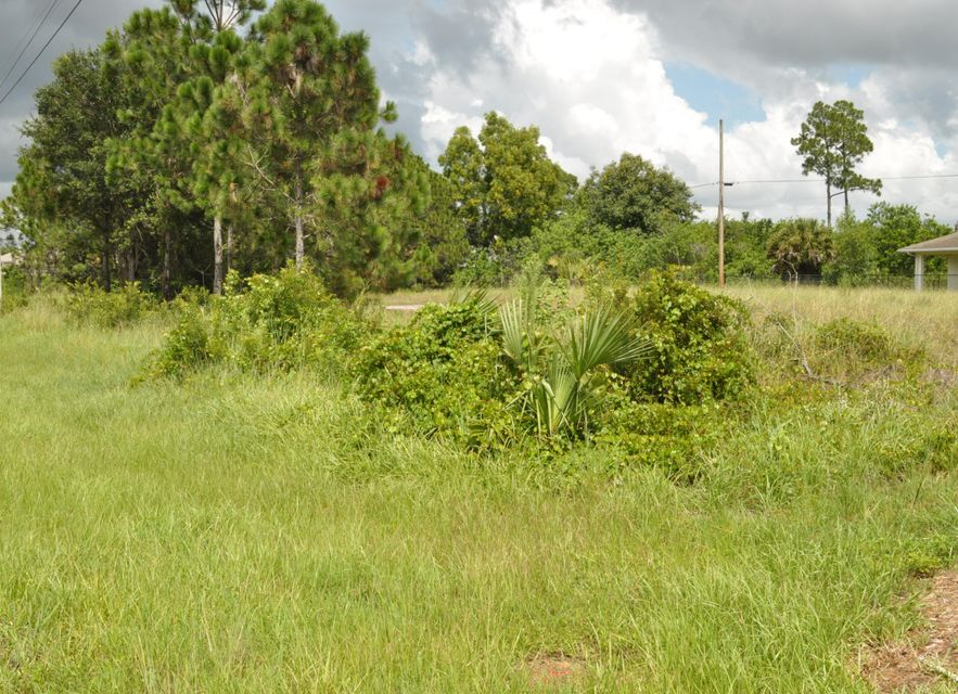 Land for Sale at 567 SW Paar Drive 567 SW Paar Drive Port St. Lucie, Florida 34953 United States