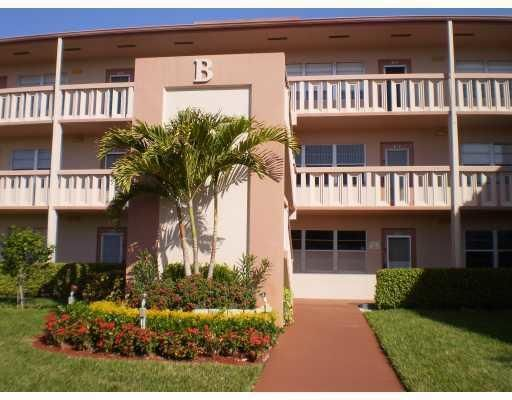 Additional photo for property listing at 47 Mansfield B  Boca Raton, Florida 33434 United States