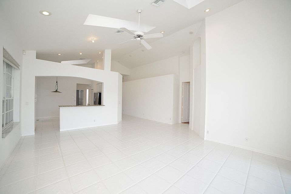 Additional photo for property listing at 6264 NW 24th 6264 NW 24th Boca Raton, Florida 33434 United States