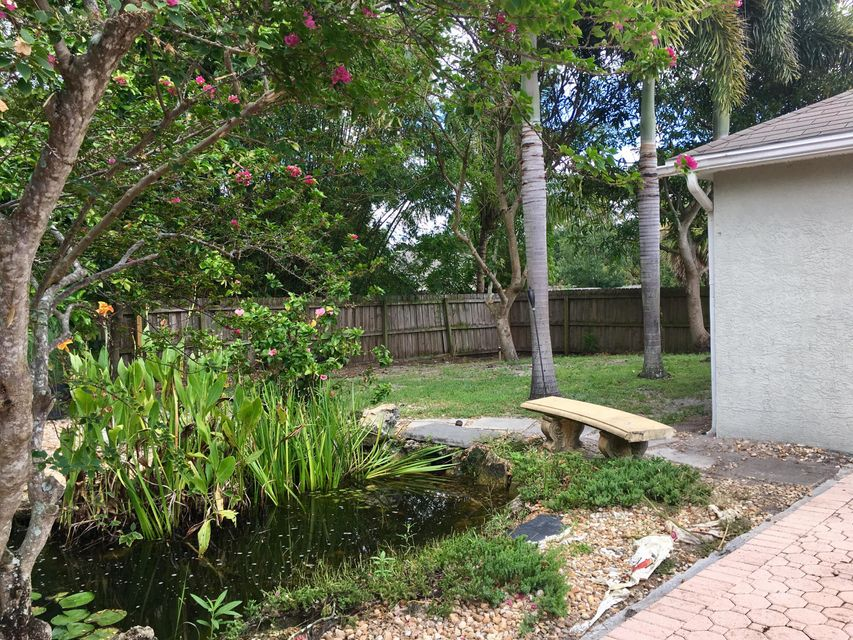 Additional photo for property listing at 1782 SW Carolina Street 1782 SW Carolina Street Port St. Lucie, Florida 34953 États-Unis