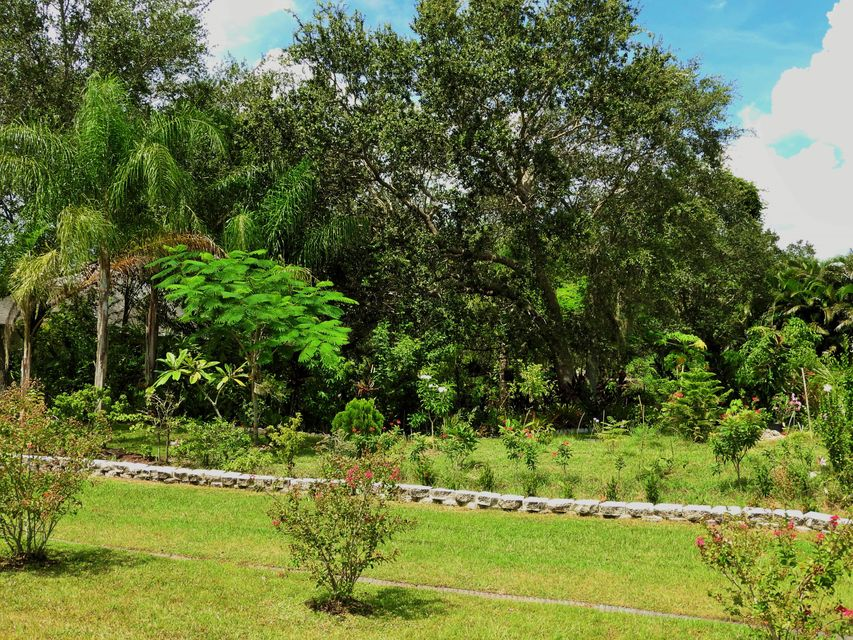 Additional photo for property listing at 2034 SW Beard Street  Port St. Lucie, Florida 34953 États-Unis