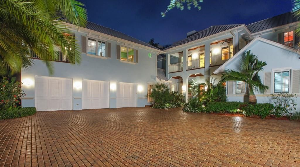 Additional photo for property listing at 240 W Riverside Drive  Jupiter, Florida 33469 United States