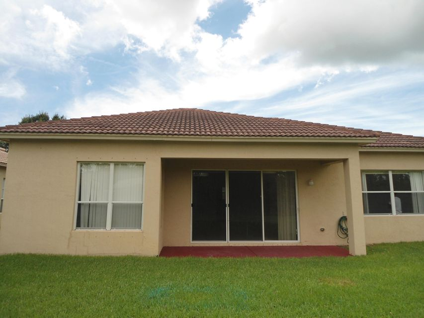 Additional photo for property listing at 5427 Place Lake Drive 5427 Place Lake Drive Fort Pierce, Florida 34951 Estados Unidos