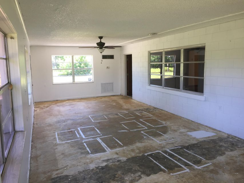 Additional photo for property listing at 340 N Ffa Road 340 N Ffa Road Fort Pierce, Florida 34950 Estados Unidos