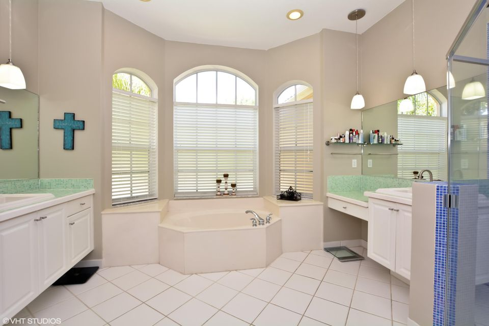 2848 Shaughnessy Drive Wellington, FL 33414 small photo 8