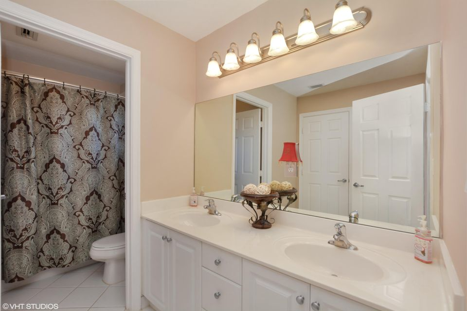 2848 Shaughnessy Drive Wellington, FL 33414 small photo 11