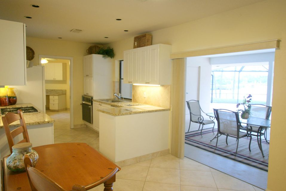 Additional photo for property listing at 18853 SE Jupiter River Drive 18853 SE Jupiter River Drive Jupiter, Florida 33458 United States