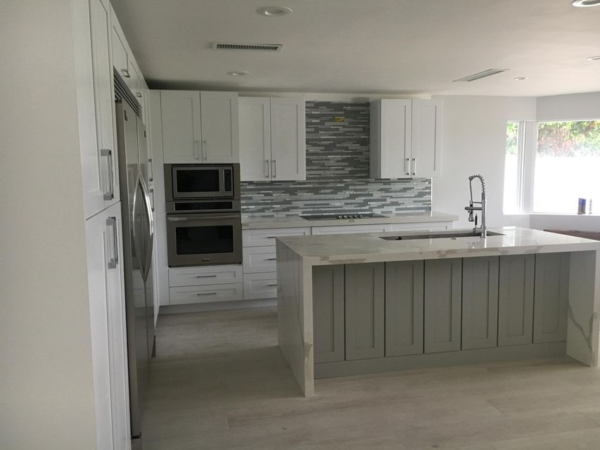Additional photo for property listing at 1068 SW 7th Street  Boca Raton, Florida 33486 États-Unis