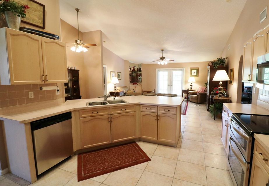 Additional photo for property listing at 12592 82nd Lane N  West Palm Beach, Florida 33412 Estados Unidos