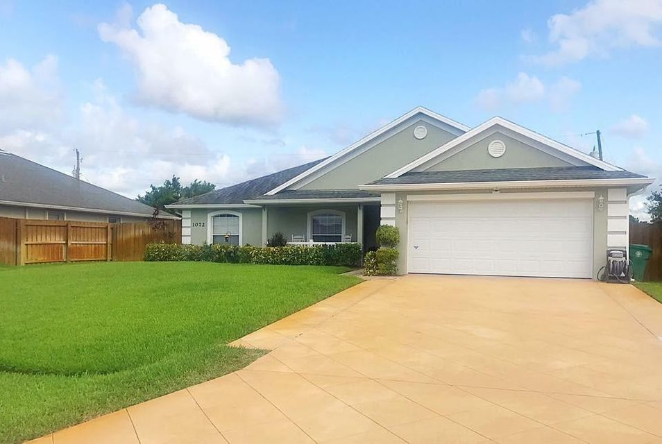 Additional photo for property listing at 1072 SW Idol Avenue  Port St. Lucie, Florida 34953 United States