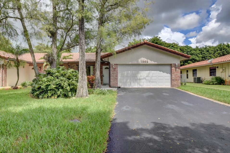 Home for sale in University Drive Coral Springs Florida